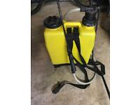 Liquid chemical sprayer