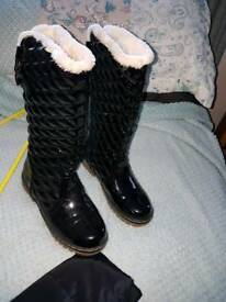 Paten black boot
