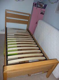 Single bed solid wood with oak veneer