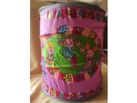 Pop-up child's storage container
