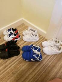 Toddler trainers size 6.5
