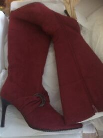 Brand new in box size 7 berry boots