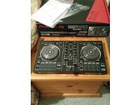 DDJ RB controller - DJ decks with Rekordbox software