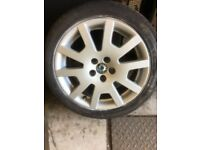Skoda fabia alloys 16 inch good condition no major scratches, with good condition tyres