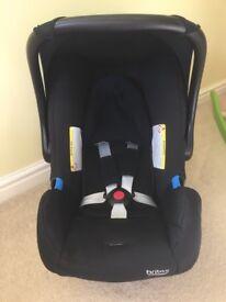 Britax car seat: 0month +