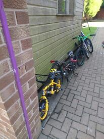 Job lot of old bikes and parts £45 ono, call or text on 07540404850
