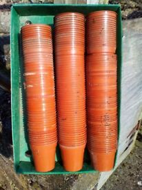 "Plant pots approx 500 ranging from 4"" diam downwards"