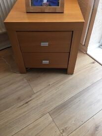 Side unit an sore table for sale