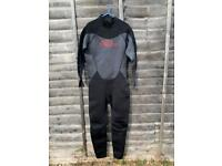 """""""No Fear"""" Men's XL 3mm Wetsuit - Used once - As new condition"""