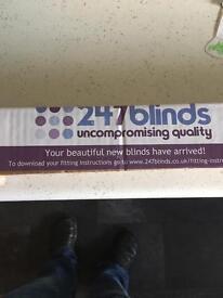 Blackout roller blind