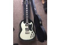 Sg classic electric guitar with hardcase both as new