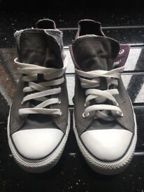 Gents converse footwear