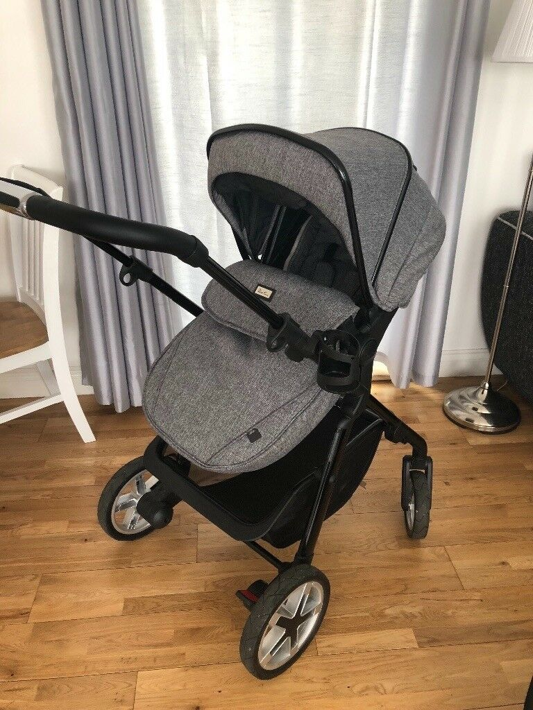 Silver Cross Pioneer Exclusive Package Pushchair