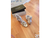 New - Woman White sandals, Size 37