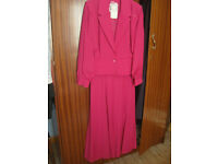 LADIES JACKET AND SKIRT BY MICHEL AMBERS SIZE 10 UNWORN WITH TAGS