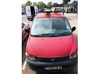 Toyta Hiace 2005 - 12 months MOT - good condition - roof bars - internal racking included