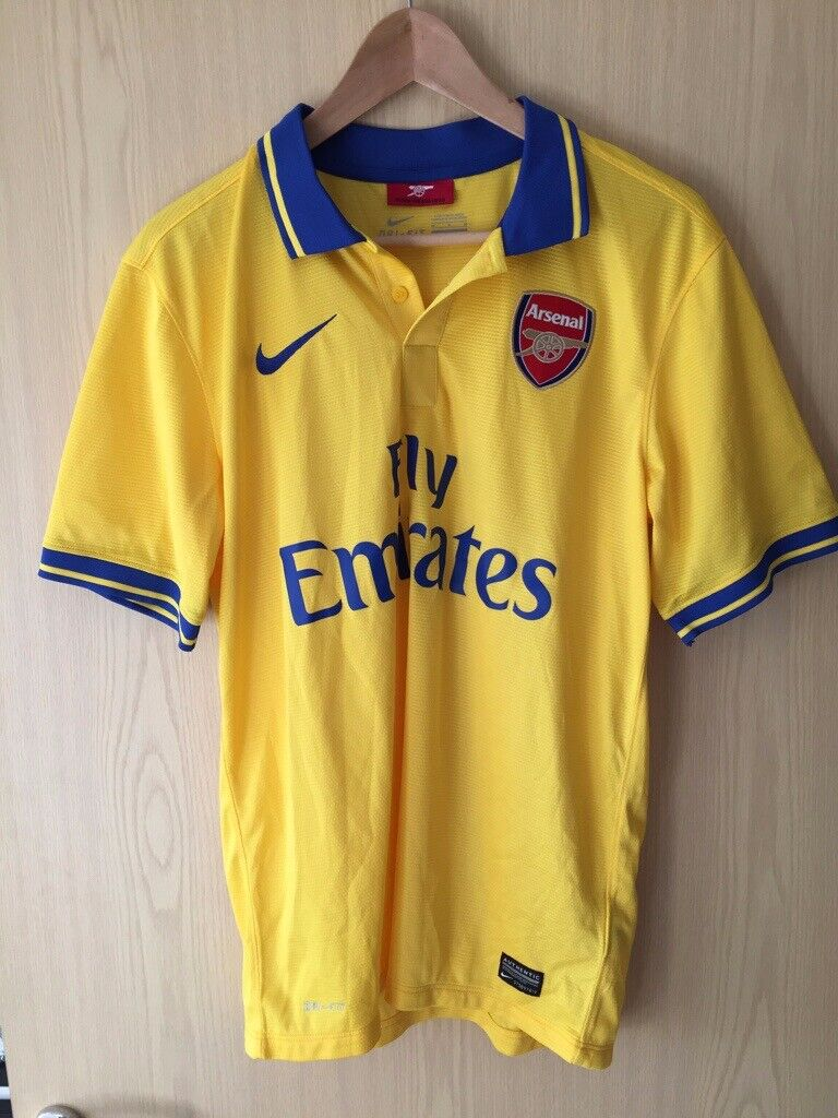 b47738e85 Arsenal 2013-2014 Football Shirt M