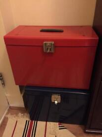 2x filing boxes with keys and suspension files