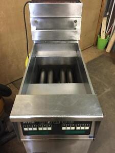 Commercial Deep Fryer - Natural Gas - Pitco Fryer - iFoodEquipment.ca
