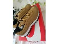 Air max 97 gold size 7