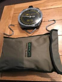 Set of 55lb scales in VGC plus brand new maver carp weighing sling