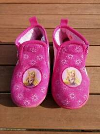 Girls rapunzel slippers size 27