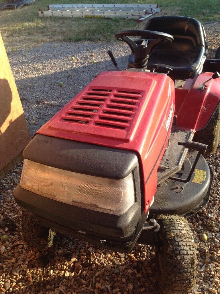 Ride on Lawnflite 604 - needs exhaust repair / parts