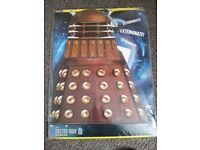Official DR Who Cake Stand