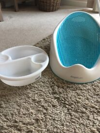 Mamas and papas top and tailbowl and blue bath seat