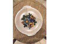 Royal Tudorware 6 bowls 1 plate