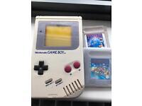 Original gameboy plus Tetris and supermario