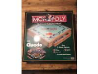 Wooden Monopoly board with 5 games, inc. Cluedo, Dominoes, Chequers, Chess and Cribbage