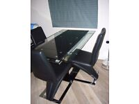 ENZA EXTENDING GLASS CHROME DINING ROOM TABLE & 4 Z CHAIRS.