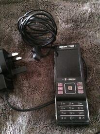 Black Sony Ericsson