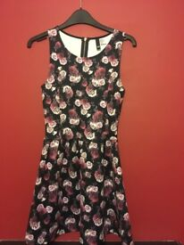 H and m ladies xs skater dress
