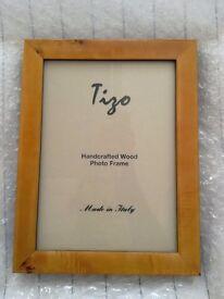 Tizo photo frame, holds 7x5 photo, brand new