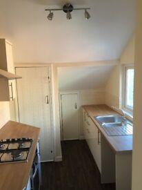 Stunning newly refurbished 3 bed upper flat - Marlborough St North - £550pcm