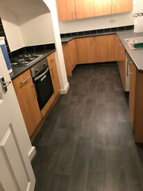 Fully refurbished 2 bed end terrace ready to rent