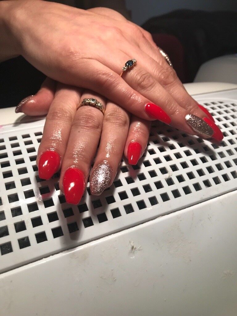 Acrylic and gel nails, beautiful designs , home based and mobile