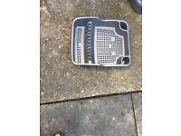 Dish rack grey colour good condition free in le5