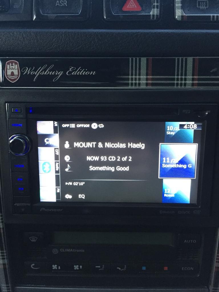 Pioneer Avic-f930bt DVD Satnav Bluetooth Double Din Headunit