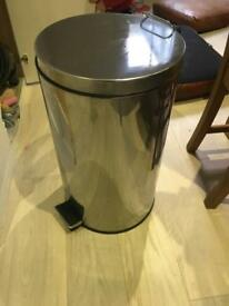 Good quality large stainless steel dustbin £10