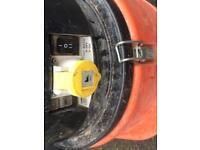 Fein dust extractor