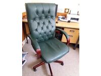 Office / Directors Chair GREEN leather look very comfy captains look