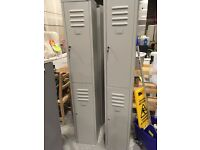 4x 6ft lockers with Keys