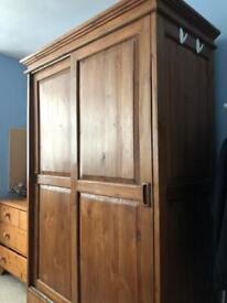 Solid wood wardrobe - collection Bristol BS6