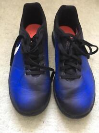 Nike magistax Astro trainer size 4.5