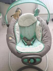 InGenuity baby bouncy chair