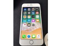 iPhone 6 64GB silver on O2 / Giffgaff