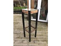 Garden stand table